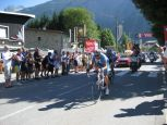 Breakaway riders in Bourge d'Oisans, approching the bottom of Alpe d'Huez